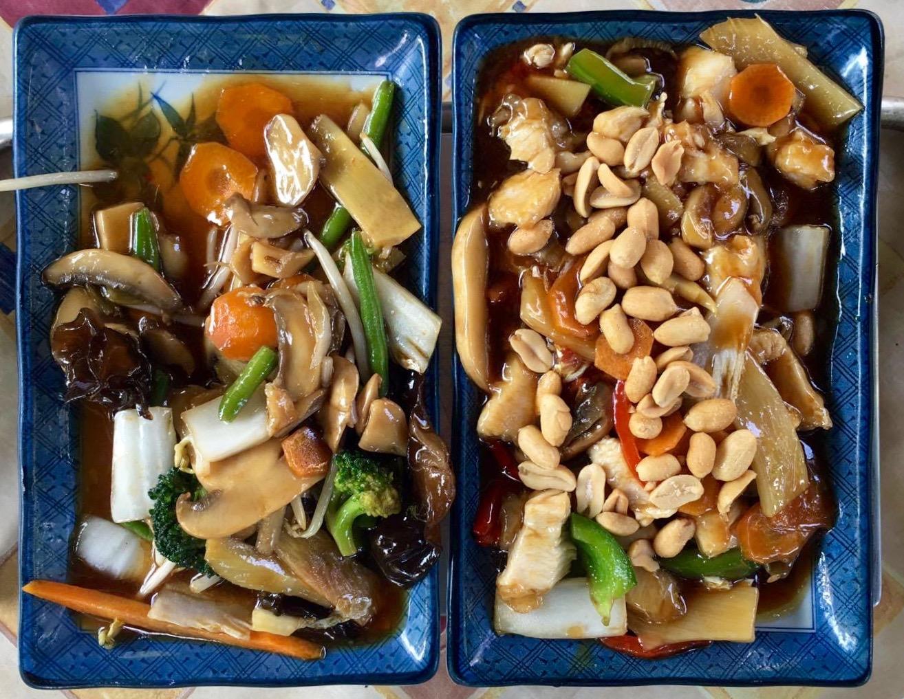 links: Fastenspeise der Buddhisten |rechts: Gun Bao Hühnerfleisch