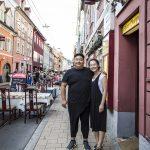 Junge Wirtsleute in einem der ältesten Lokale der Jakoministraße – Chinarestaurant Hongkong